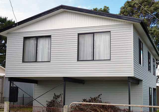 Vinyl Weatherboard Townhouse 2